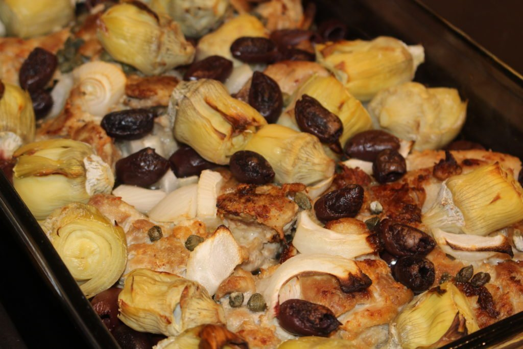 Paleo AIP Mediterranean Chicken Bake - www.thehealthnutmama.com