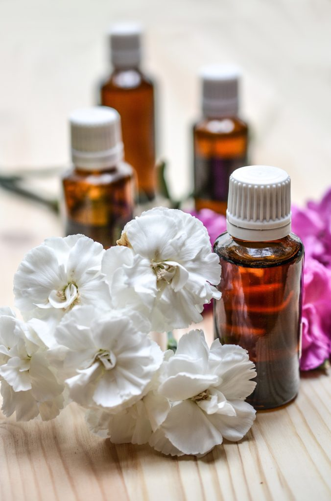 Top 5 Favorite Essential Oils! If you are not sure where to start with Essential Oils, these are My Top 5 I can't live without! www.thehealthnutmama.com