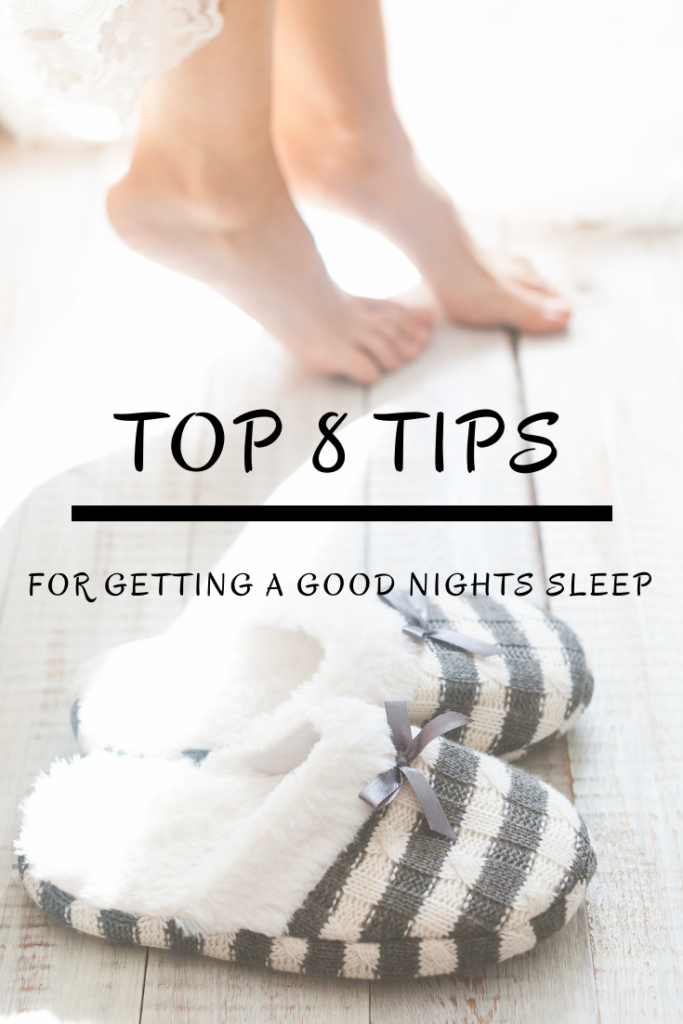 8 Natural Tips for a Better Nights Sleep! Having trouble sleeping? Find out how to fall asleep & stay asleep longer. #sleep #goodnightssleep #bluelight #bluelightblocking #essentialoils #diffueser #magnesium #whitenoise #thehealthnutmama