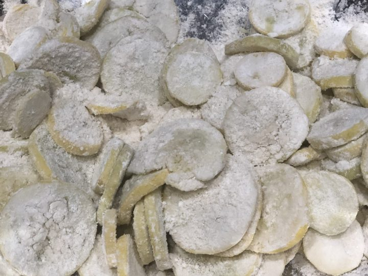 Learn How to Freeze Squash 3 ways for long term storage so that you can preserve all that wonderful squash to use for Frying or to use in Soups, Stews & Casseroles. Easy Step by Step Instructions. #squash #freezingsquash #longtermstorage #preservingfood #preservingsquash #yellowsquash #summersquash #zucchini #thehealthnutmama